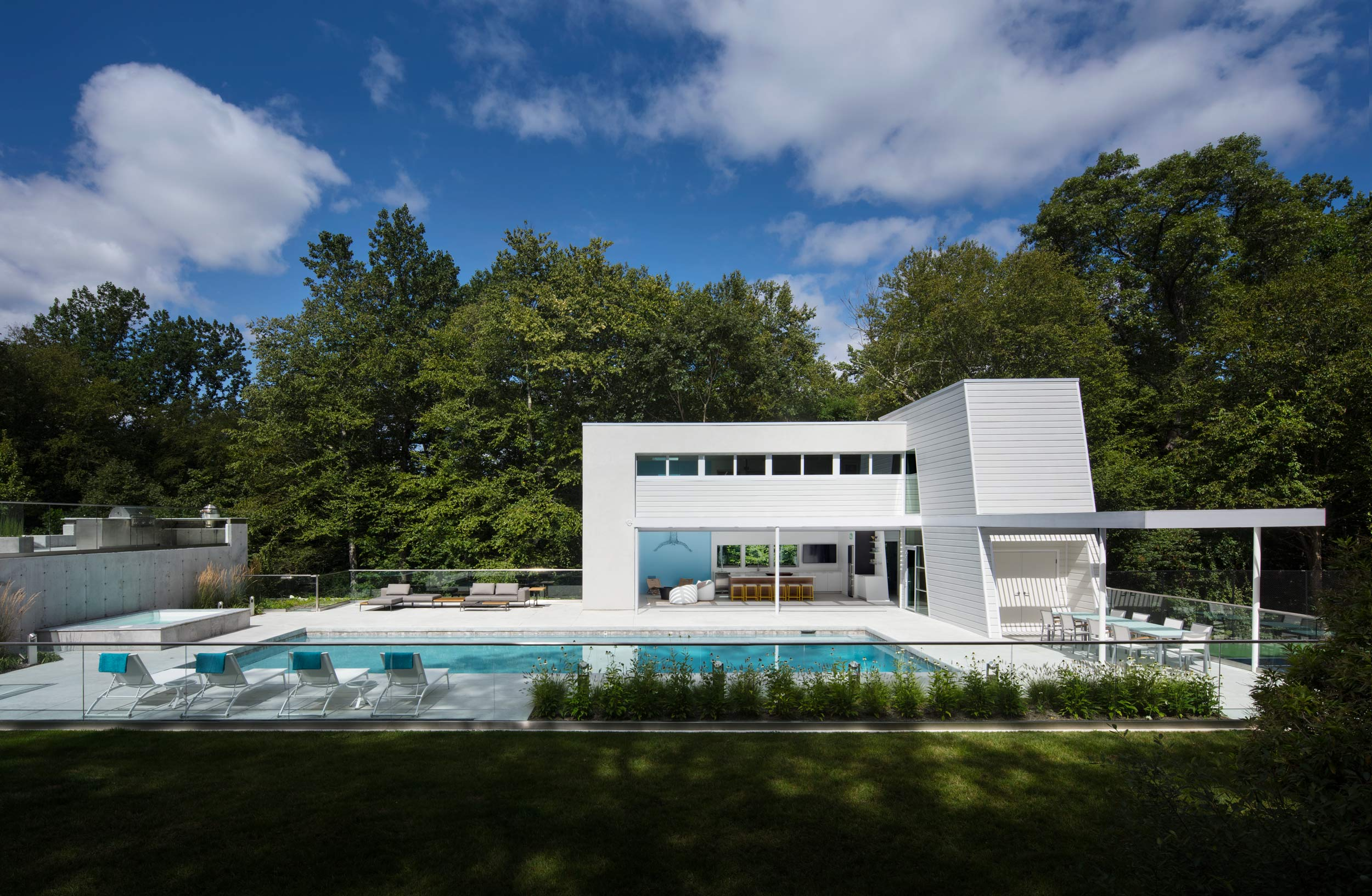 Modernist Pool House by Taylor Viazzo Architects In New Rochelle New York