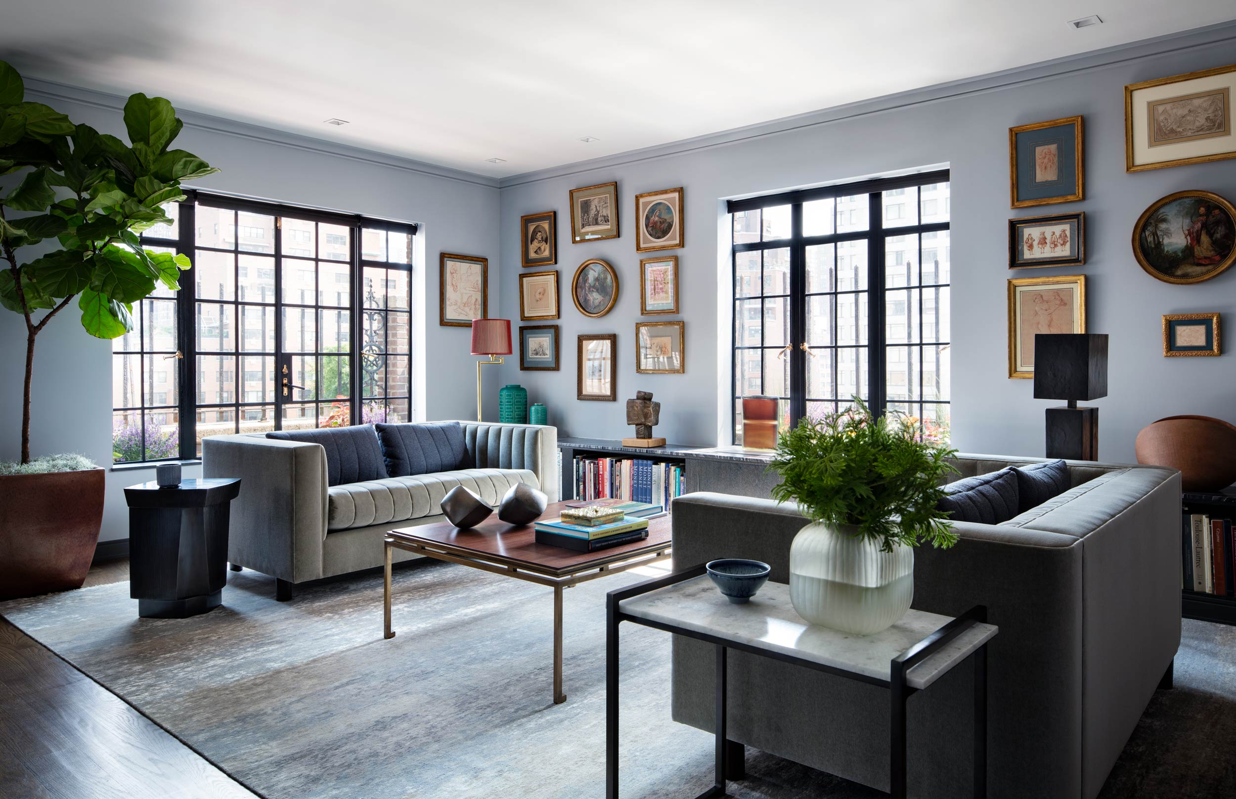 Pied-à-Terre in New York City By Richard Rabel with Great Art Collection